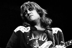 "British blues rock great Alvin Lee, a guitarist and singer whose scorching performance at Woodstock propelled his band Ten Years After to wide fame, died on Wednesday of ""unforeseen complications"" from a routine surgery, family members announced on his website. He was 68.    ""We have lost a wonderful and much loved father and companion,"" said the statement from his wife and daughters. ""The world has lost a truly great and gifted musician."""