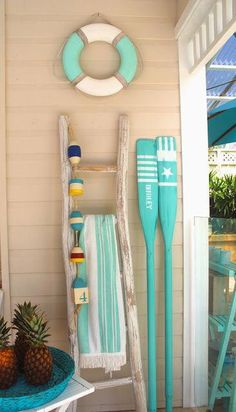 24 Awesome Nautical Home Decoration Ideas - Live DIY Ideas. This wonderful image collections about 24 Awesome Nautical Home Decoration Ideas - Live DIY Ide Beach Cottage Style, Coastal Cottage, Coastal Homes, Beach House Decor, Coastal Style, Coastal Decor, Modern Coastal, Coastal Furniture, Coastal Living