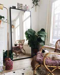 Such a cosy space! Wish I could have my own and decorate it the way I want
