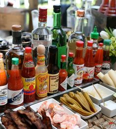 Party Drinks Bar Bloody Mary 31 Ideas For 2019 Bar Drinks, Yummy Drinks, Beverages, Alcoholic Drinks, Bloody Mary Bar, Bloody Mary Recipes, Brunch Wedding, Wedding Morning, Christmas Brunch