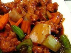 You can make this favorite Slow Cooker Orange Chicken right in your slow cooker. It doesn't get any easier than that. Saucy and sweet and sure to be a weeknight winner. Ingredients: 2 large carrots, peeled and sliced about thick. Slow Cooker Huhn, Crock Pot Slow Cooker, Slow Cooker Recipes, Crockpot Recipes, Chicken Recipes, Cooking Recipes, Tart Recipes, Baked Orange Chicken, Orange Chicken Crock Pot