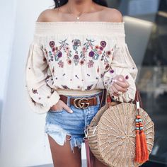 d714e55740883 Blogger Sarah Lindner of the house of sequins wearing Free People Saachi  Smocked Top and free people good vibration denim shorts