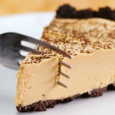 Chocolate Cookie Crust Peanut Butter Pie | https://lomejordelaweb.es/