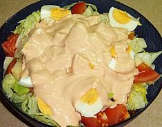 A very tasty salad in Greece is also chef's salad (σαλάτα του σεφ in Greek) made with tomato, cucumber, eggs, ham, mayonnaise or other sauce. Chef Salad, Mayonnaise, Cucumber, Cabbage, Dairy, Eggs, Cheese, Dishes, Vegetables