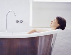 How to Give a Bathroom in the West & Northwest Areas Good Feng Shui