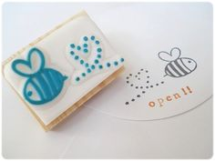 Cute honeybee rubber stamp with the wooden handle. This is a hand carved rubber stamp. You can use this stamp for many occasions. Making card, wedding decoration, for childrens toy, love letter, baby shower, wrapping paper and more!  Stamp size:2.5cmx4.0cm(0.98x1.57) *I put my logo on the wooden handle.  *If you would like me to put name under this honeybee or need custom stamp, please contact me anytime.  I made an option Stamp only or Stamp with Black ink If you need ink pad with this…