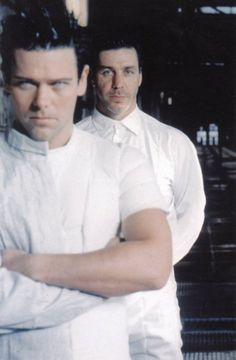 Richard Z. Kruspe and Till Lindemann - great picture. Richards eyes... Tingle