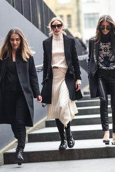 Olivia Palermo at London Fashion Week Fall 2017 - Estilo Olivia Palermo, Olivia Palermo Lookbook, London Fashion Weeks, Ideias Fashion, Attitude, Celebs, Street Style, Chic, Jackets