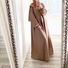 Hijab Style Dress, Modest Fashion Hijab, Modesty Fashion, Abaya Fashion, Fashion Outfits, Mode Abaya, Mode Hijab, Muslim Women Fashion, Hijab Fashionista