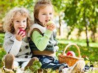 Ένα μωρό... πολλές απορίες : Πώς πρέπει να φερθούν οι γονείς όταν το παιδάκι αρ...