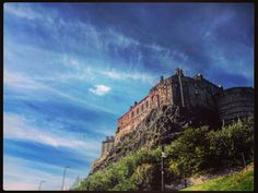 #Love from #Edinburgh  #edinburghcastle #scotland #uk #castle #fortress #medieval #architecture #architecturelovers #bluesky #Scottish #castleterrace #urban #history #wanderlust #notallwhowanderarelost #globetrotter #fernweh #landscape #photographer #photography #city #clouds #cloudporn #vscocam #instadaily #inked #tattooed #home by kate_re