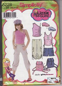 We sell craft patterns. Sewing Patterns, Cross Stitch Patterns, Knitting and Crochet Patterns and Hand cut Iron-on Appliques Sewing Patterns Girls, Clothing Patterns, Knitting Patterns, Sewing Ideas, 2000s Fashion, Fashion Outfits, Lizzie Mcguire, Iron On Applique, New Wardrobe
