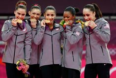 McKayla Maroney, Kyla Ross, Aly Raisman, Gabby Douglas & Jordyn Wieber with their GOLD medals!
