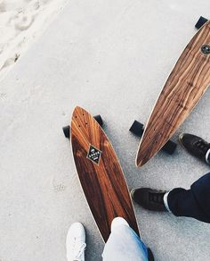 Longboard - Tap the link to see the newly released collections for amazing beach bikinis Longboard Design, Skateboard Design, Skateboard Girl, Skates, Snowboard Girl, Skater Boys, Skate Style, Skate Surf, Skateboards