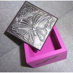Butterfly Jewelery box - Handcrafted Pewter Art for R1.00
