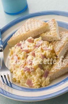 Oeufs brouillés au jambon, la recette facile et rapide