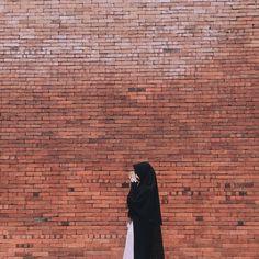 Hijabi Girl, Girl Hijab, Hijab Hipster, Niqab Fashion, Islam Women, Hijab Cartoon, Muslim Women Fashion, Islamic Girl, Muslim Hijab