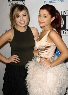 ariana grande sam and cat photos | Ariana Grande and Jennette McCurdy are reprising their roles as Sam ...