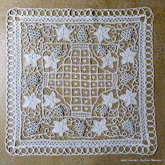 Teneriffe, Needle Lace, Bobbin Lace, Macrame Patterns, Lace Patterns, Crochet Needles, Crochet Stitches, Irish Crochet, Crochet Lace