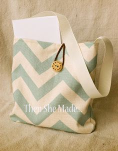 Then she made...: Reversible, Re-usable, Gift Bag Tutorial