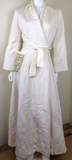 Vintage Peer 50s 60s Quilted ivory house dress robe old hollywood glamour Small #peer