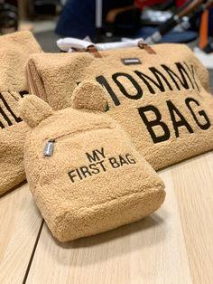 Novinky od Childhome 💥💥💥 Videli ste už nové tašky a batôžky? Tieto sú vyrobené z mäkkého plyšového materiálu. Páčia sa Vám? 🥰🥰🥰 One Bag, Reusable Tote Bags