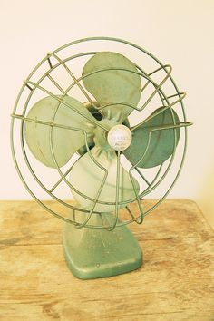 green fan by LolaNova, via Flickr #lifeinstyle #greenwithenvy Antique Fans, Vintage Fans, Mint Green Aesthetic, Retro Aesthetic, Sage Green Kitchen, Really Cool Drawings, Retro Fan, Green Pictures, Green Wallpaper