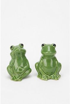 Some frogs that will add a dash of seasoning to your pad....and food. #urbanoutfitters