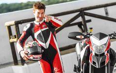Nicky Hayden et sa Ducati Hypermotard SP.
