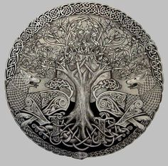Yggdrasil, the Tree of Life, is not only one of the most well-known Viking symbols/Norse emblems but an important fundamental of the Norse principle itself. Yggdrasil Tattoo, Tattoo Odin, Druid Tattoo, Inca Tattoo, Celtic Symbols, Celtic Art, Celtic Knots, Mayan Symbols, Celtic Dragon
