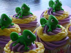 Pascal (Tangled) cupcakes …