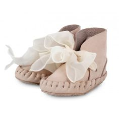 Shop here for the most delicious little baby shoes and baby moccasins for tiny tootsies.Too cute espadrilles, moccs and slip ons from Pretty Brave, and sweet leather booties and sandals from Donsje. Lace Up Booties, Baby Booties, Leather Booties, Baby Shoes, Baby Girl Fashion, Toddler Fashion, Baby Moccasins, Kids Boots, Baby Girl Gifts