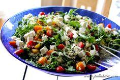 Juhlapöydän Couscous salaatti