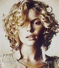 Excellent Short Simple Messy Curly Bob  The post  Short Simple Messy Curly Bob…  appeared first on  Amazing Hairstyles .