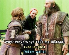 The Hobbit behind the scenes BTS - Lee Pace, Adam Brown tumblr_o6qr8v2iZj1qejlzto3_r1_400.gif (300×240)