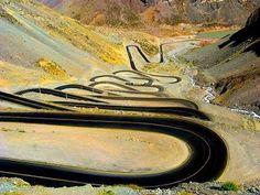 Road de Los Andes in Karakols - Chile