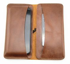 Handmade Leather Wallet for Men Purse iPhone 5/4s by BunnysGoods