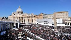 Gorgeous Shot of the crowd at St. Peter's Basilica for the Pope's Final Audience!!