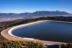 Vedeli ste že na Liptove môžete nájsť najvýkonnejšiu prečerpávaciu vodnú elektráreň na Slovensku ktorá nám okrem energie ponúka tiež prekrásny výhľad na Vysoké Tatry... Skvelý tip od @travelist.sk  #praveslovenske