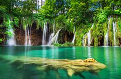 Plitvice - It was really hard to capture this image during midday because the place was full of tourist, so I had to be quick. The final photo is the composite of 11 shots (handheld). Enjoy :) #nature