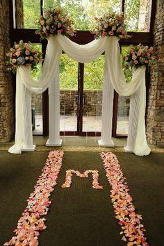 Atlanta Wedding Flowers, Bridal Bouquets, Decorations, Lounge furniture, Chiavari Chairs, Chair covers, Grace Ormonde Platinum List. Wedding Florist in Atlanta, PERFECT PETALS FLORIST - Details