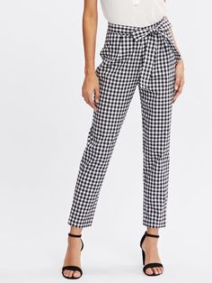 Crop Zipper Fly. Tapered/Carrot Decorated with Belted. Regular fit. Mid Waist. Gingham design. Trend of Spring-2018, Fall-2018. Designed in Black and White. Fabric has some stretch.