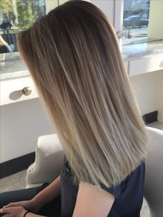 Most current Photo Balayage Hair cenizo Concepts The particular are famous for lots of things: thigh-high shoes, bloom strength, the words Brown Hair Balayage, Brown Blonde Hair, Hair Highlights, Ombre Hair, Dark Blonde, Blond Bob, Light Highlights, Blonde Balayage, Balayage Straight Hair