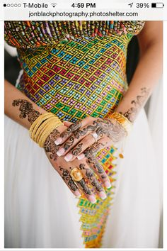 Traditional Eritrean Clothing, gold, and henna