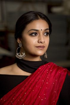40 High Quality Images of South Indian Actress Keerthy Suresh Indian Actress Photos, South Indian Actress, Most Beautiful Indian Actress, Beautiful Actresses, Hot Actresses, Indian Actresses, Indian Celebrities, Beauty Full Girl, Beautiful Saree