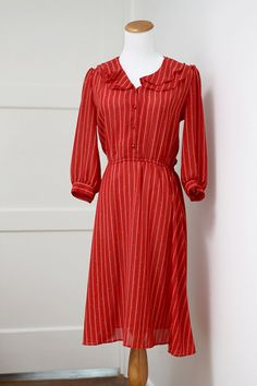 The Middle Piece Vintage Easy Shop: Vintage Red Striped Dress Small