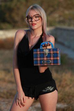 70s Schoolgirl picnic checked basket  #Box