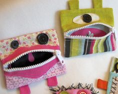 Monster Gift Card Holder/Coin Purse (no pattern) Sewing Hacks, Sewing Tutorials, Sewing Crafts, Sewing Projects, Sewing Patterns, Cash Gift Card, Gift Cards, Baby Kind, Sewing For Kids