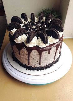 I made an Oreo drip cake for my cousin's birthday!