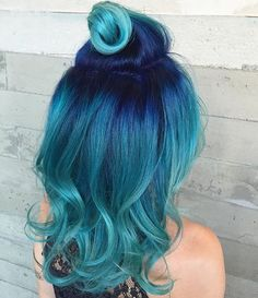 My dream hair. Pulp Riot Hair Color on In Teal Hair Color, Hair Colors, Turquoise Hair Ombre, Blue Green Hair, Aqua Color, Pulp Riot Hair Color, Bright Hair, Colorful Hair, Dye My Hair
